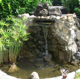 Teichbau mit bachlauf - Wasserfall im garten selber bauen ...